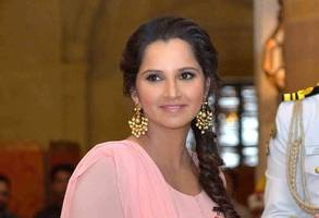sania mirza completes 80 consecutive weeks as world no. 1 doubles player, congratulated by twitterati