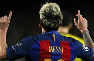 Lionel Messi beat Manchester City all by himself with a hat trick