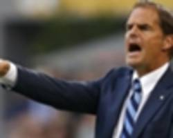 under-fire de boer still sure of reaching knockout stages