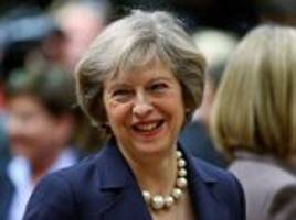 No 10 rules out excluding foreign students from migration figures