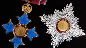 which sirs have had their knighthoods taken away?