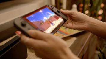 switch: nintendo's newest hardware wants to do it all