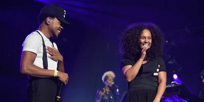 "watch chance the rapper and alicia keys perform ""blessings"""