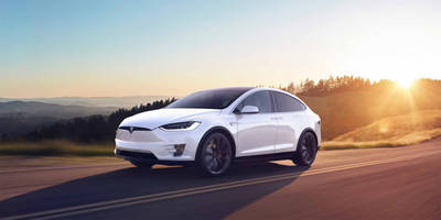 Tesla: Don't use your self-driving car for ride-sharing services like Uber or Lyft