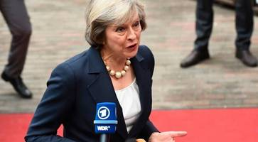 EU leaders make Theresa May wait until 1am to give five-minute Brexit speech, before ignoring her