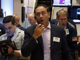 here's a super-quick guide to what traders are talking about right now (spy, spx, dji, ixic, mcd, msft, iwim, jpy, usd, dxy, uso, wti, oil, vde)