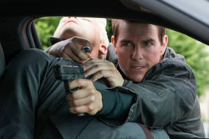 'jack reacher' fights to top of thursday box office with $1.3 million