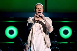 Watch Justin Bieber Slowly Realize His Adoring Fans Paid to Hear Him Sing, Not Speak (Video)