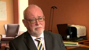 shortage of 'suitable candidates' to replace education authority chief exec