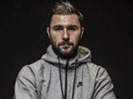charlie austin is the hustler... right on cue the southampton striker is potting goals from all angles