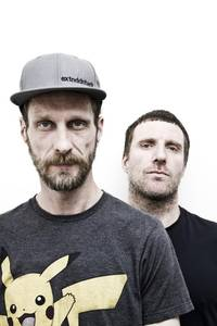 tied up in nottz: clash meets sleaford mods