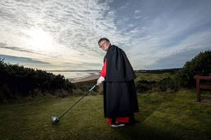 fairway to heaven: minister invents 'holy round' so golfers can exercise body, mind and spirit on top-ranked course