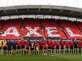 munster crowd observe immaculate silence and offer moving tributes to anthony foley at thomond park