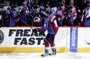Colorado Avalanche Free Agent Signing Check-in