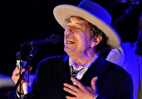 Bob Dylan's Nobel Prize mention deleted from his website