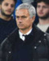 former man utd star: jose mourinho will make these changes after chelsea humiliation