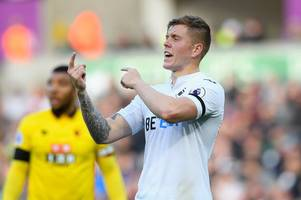 'it was like having ash back in defence!' fans rave about swansea city's new centre back alfie mawson