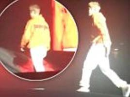 Justin Bieber storms off during Manchester concert as fans BOO him