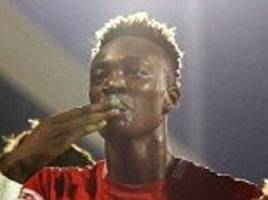 bristol city forward aaron wilbraham reveals his close relationship with tammy abraham: 'he calls me dad!'