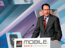 the at&t-time warner deal sounds a lot like the comcast-nbc merger, and it could be at&t's best hope (twx, t)