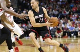 former miami heat point guard beno udrih picked up by detroit pistons