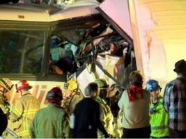 tour bus crash: 11 of 13 victims killed were from los angeles