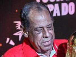 brazil legend carlos alberto dies at 72 after suffering heart attack