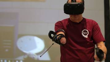 Virtual reality used in Sheffield Hallam prosthetic limb exhibition