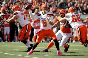 nfl news: cleveland browns lost to bengals as qb cody kessler suffered concussion