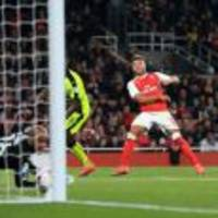 Arsene Wenger: Alex Oxlade-Chamberlain gaining confidence in front of goal