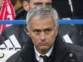 jose mourinho says sorry to manchester united supporters for chelsea defeat: 'it was not a united result and we all apologise for it'