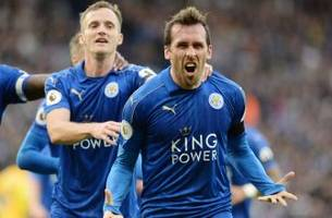 fuchs: i asked to kiss hazard's feet after goal clinched leicester's epl title