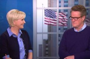 mika brzezinski says elizabeth warren is 'on the warpath'