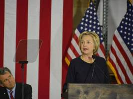 Watch Live Stream: Hillary Clinton Rallies in Lake Worth and Tampa, Florida
