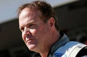 Judge declares mistrial in beating case of NASCAR driver Mike Wallace