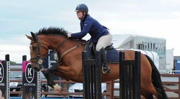 Equestrian centre boss Claire Lowe dies in fall diwn hunt in Northern Ireland