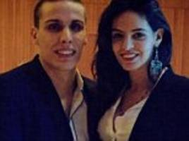 leeds united goalkeeper marco silvestri credits model wife after penalty heroics against norwich city
