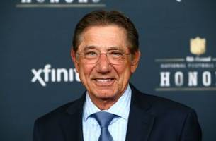 joe namath learns valuable lesson in social media