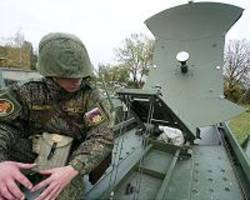 Russia develops new satellite communication system for military use