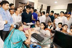 maharashtra first to launch cyber police stations in all districts