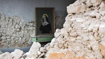 vatican condemns radio station over anti-gay comments on quake