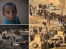 thousands more flee mosul as iraqi forces take the battle against isis to residential areas of the city