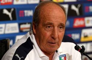 italy manager ventura wary of balotelli, omits giovinco because he plays in mls