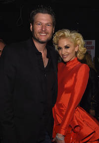 gwen stefani and blake shelton start finalizing wedding plans; 'me without you' singer lashes out adam levine for insulting boyfriend