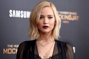 jennifer lawrence pens open letter after trump victory: 'don't be afraid, be loud'