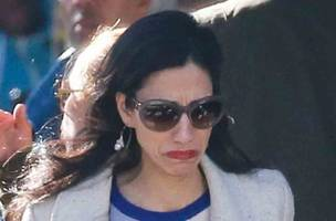 huma abedin said to suffer emotional breakdown