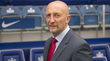 qpr reappoint holloway as manager