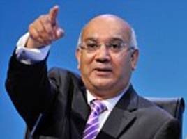 keith vaz charged taxpayers £81 for a return ticket from london to leicester