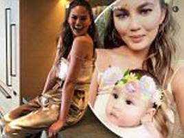 chrissy teigen and daughter luna host baby shower for celebrity stylist monica rose