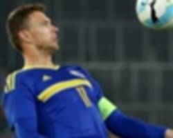 'i got a red card for no reason' - dzeko bemused by greece dismissal